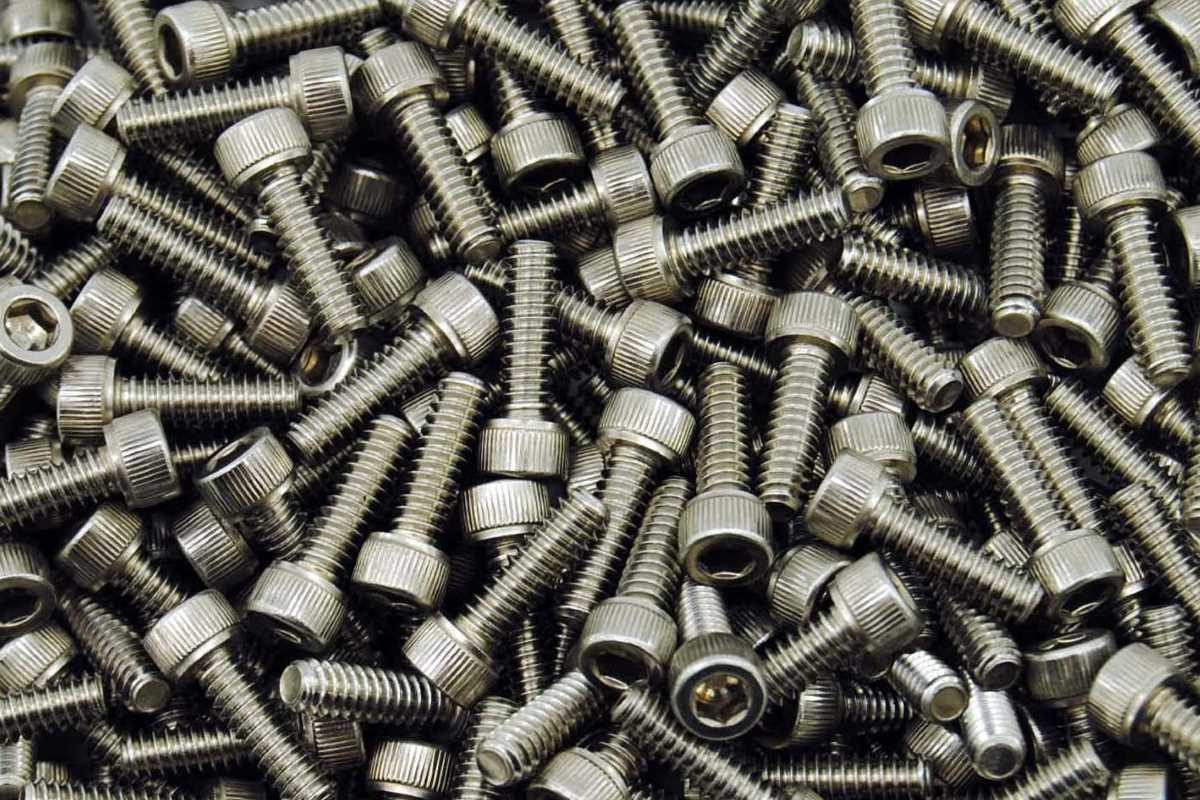 DIN 912 Zylinderschrauben mit Innensechskant Edelstahl A2-70 Foto/Skizze: Schraube & Mutter 49429 Visbek