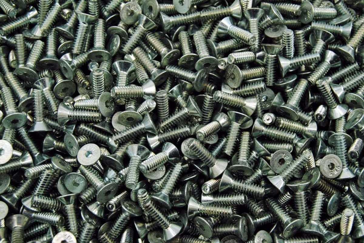 ISO 10642 Senkschrauben mit Innensechskant galvanisch verzinkt 8.8 Foto/Skizze: Schraube & Mutter 49429 Visbek
