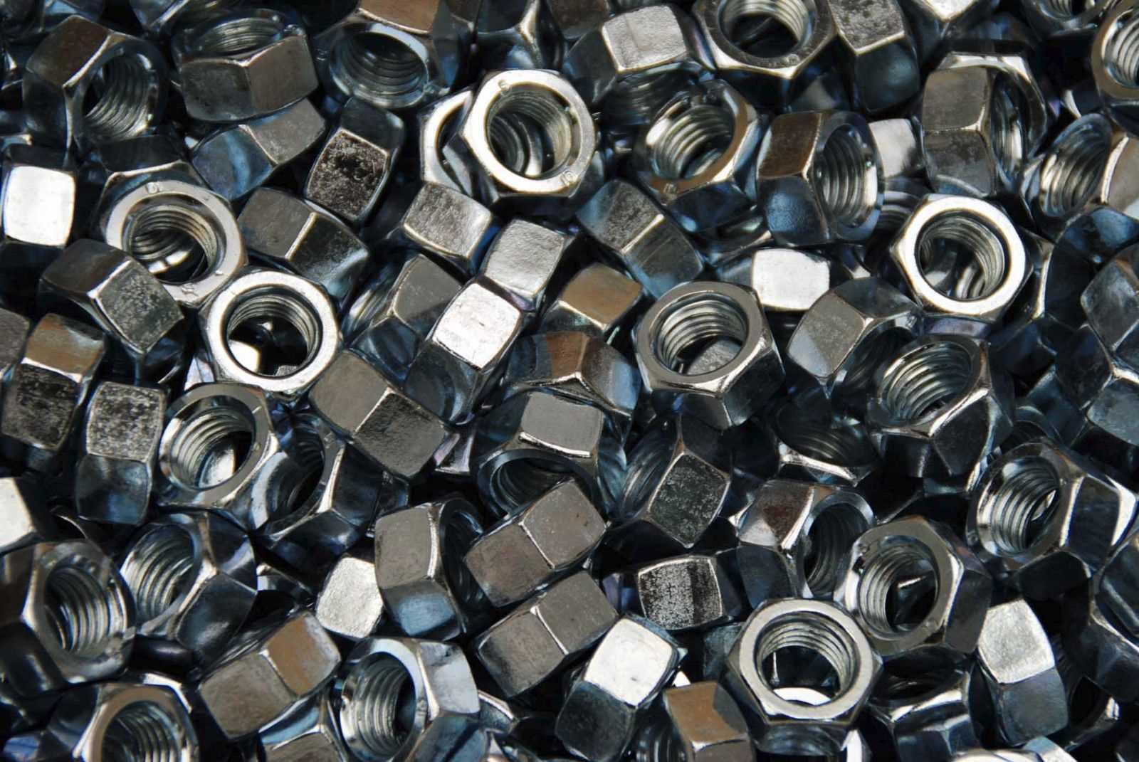 ISO 4032 Sechskantmuttern mit ISO Schlüsselweiten