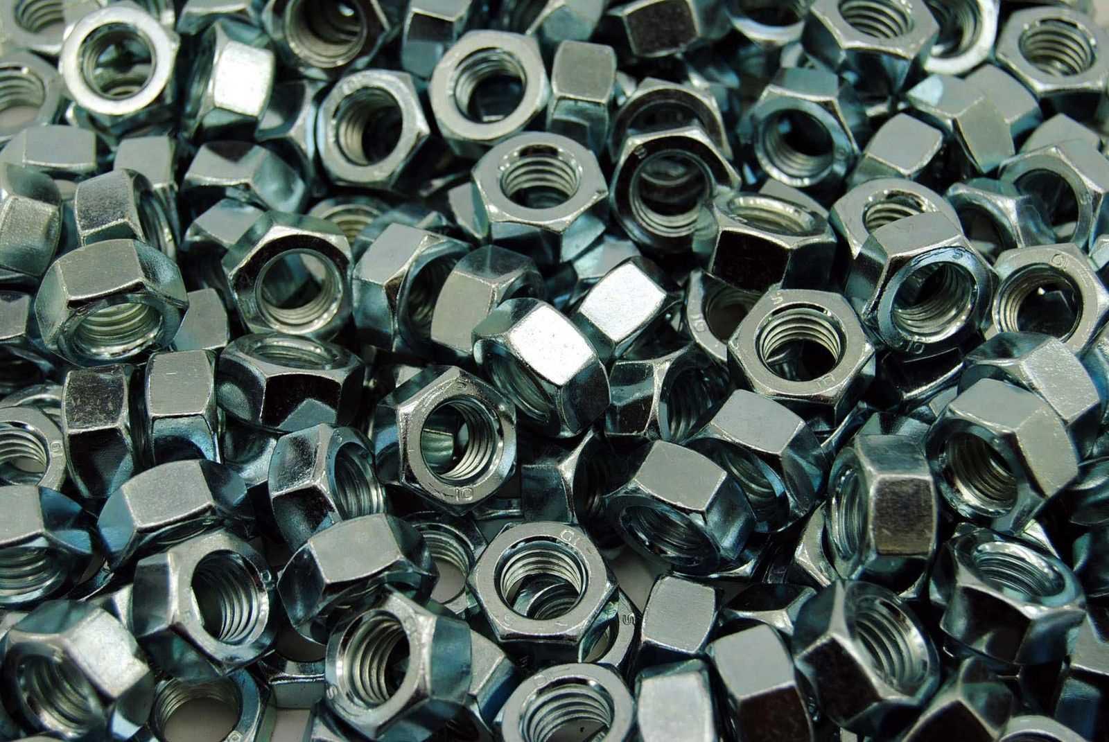 ISO 4032 Standard Edelstahl A2 V2A Schraubenmuttter Edelstahlmutter Sechskant-Mutter Gr/ö/ßen M3 M4 M5 M6 M8 M10 M12 210 teiliges Set Sechskantmuttern nach DIN 934