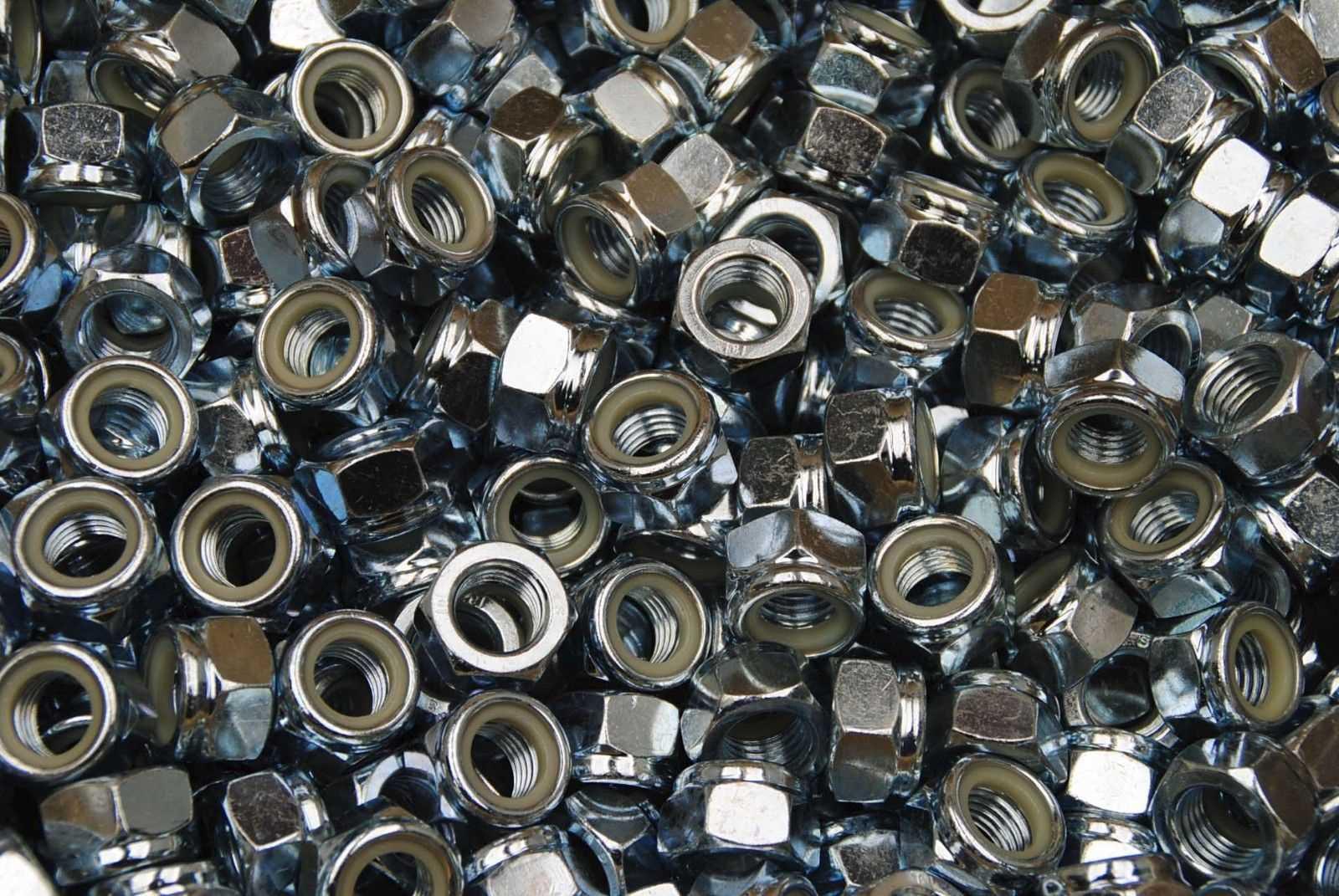 Sicherungsmuttern mit Kunststoffklemmteil